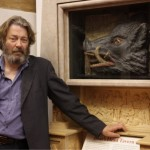 Roger Allam unveils the Boar's Head sign in the Globe foyer, 2011 © Fiona Moorhead