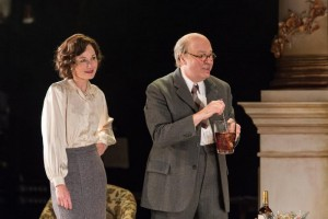 Nancy Carroll and Roger Allam in The Moderate Soprano © Hampstead Theatre / Manuel Harlan