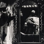 Roger Allam as Doctor Jekyll and Simon Russell Beale as Mr Hyde © Royal Shakespeare Company