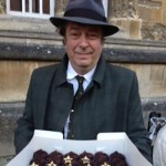 Happy Cakes present the cast of Endeavour with a selection of buns, 2013 © Happy Cakes, Oxford