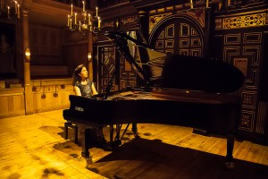 Angela Hewitt performs in the Sam Wanamaker Playhouse @Shakespeare's Globe